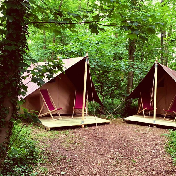 Zelt für zwei mit Terrasse (Halblingshöhle)