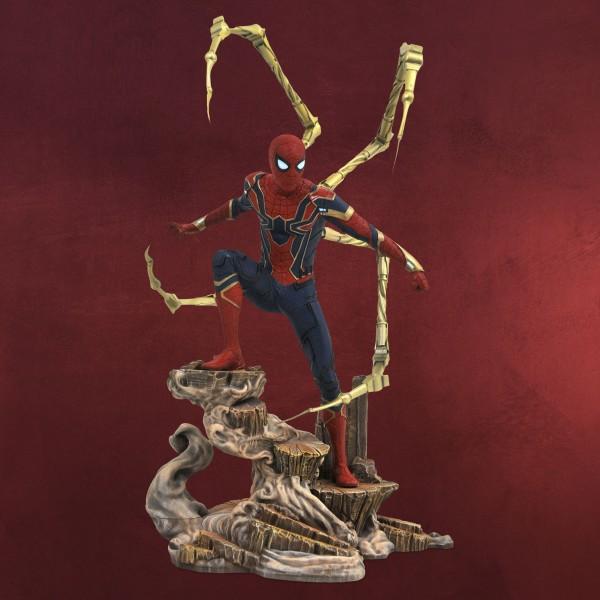 Avengers - Iron Spider Gallery Diorama Figur 28 cm