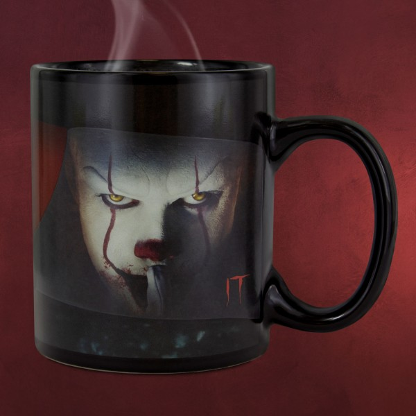 Stephen Kings ES - Pennywise Eyes Thermoeffekt Tasse