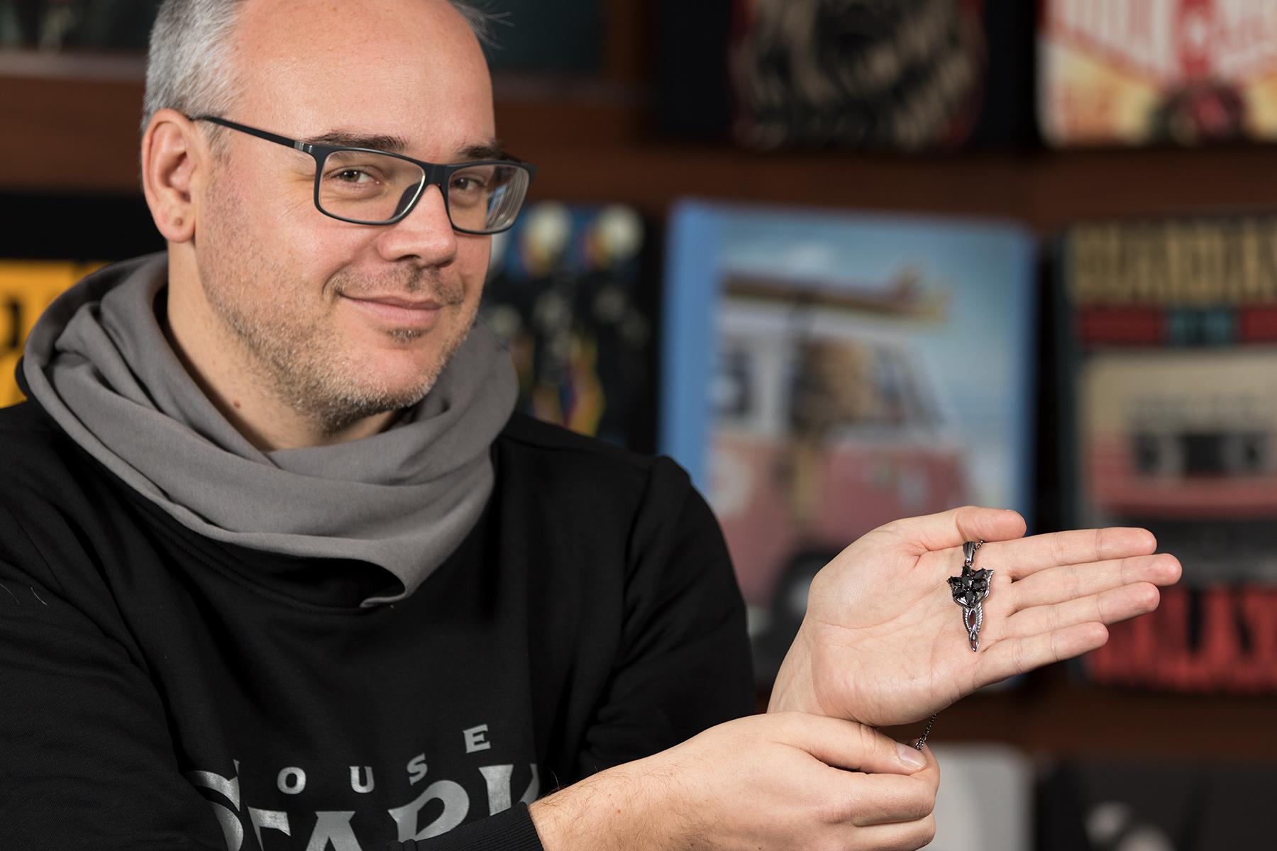 Jens Geschenketipp: Arwens Abendstern mit Collierkette schwarz Dark Years Collection